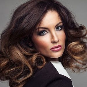 25 Blow Dries For Price of 20 - Battle