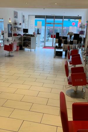 Red-Hair-Salon-in-Hastings